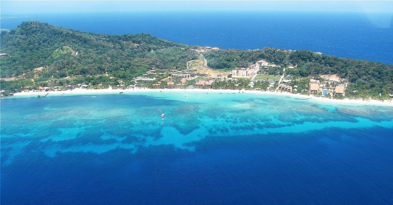 vue-aerienne-west-bay-roatan-bay-islands