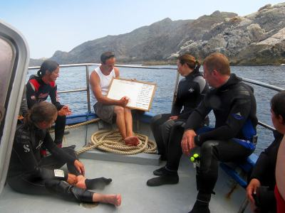 faire-son-divemaster-briefing-bateau