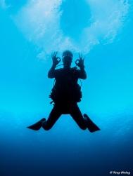 3-Djé deep blue.jpg