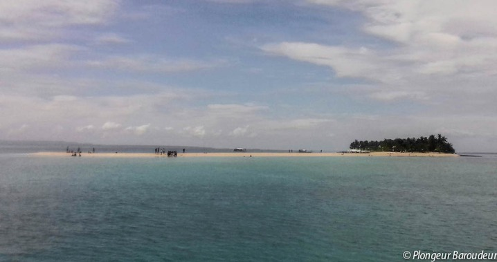 Kalaggaman island 1 - sandy edge-min