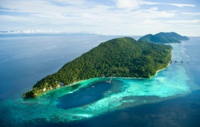 Kri-mansuar-island-raja-ampat-indonesia